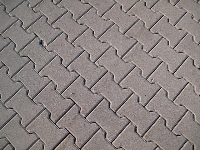 Wie hoch fallen die betonpflaster Kosten pro qm aus?